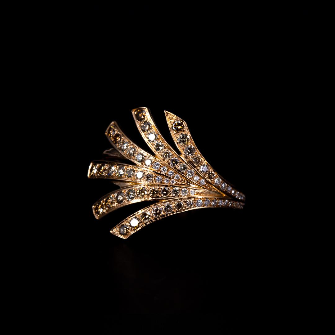 Bague en or rose 18k sertie d'un dégradé de diamants cognacs à diamants blancs